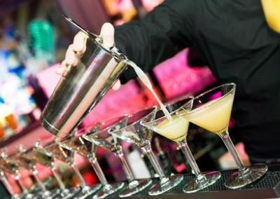Drinki w szklankach Koktajlowych